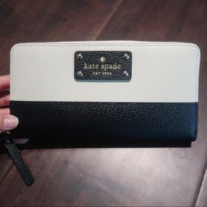 Kate Spade Bay Street Lacey Wallet